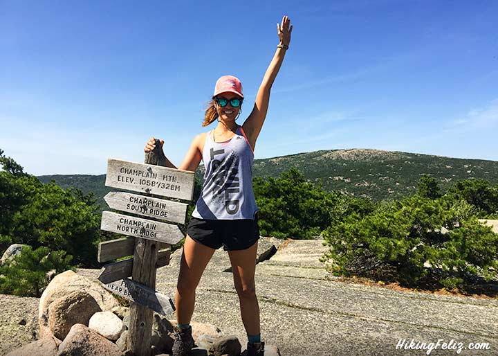 About-hiking-feliz-andrea-rincon